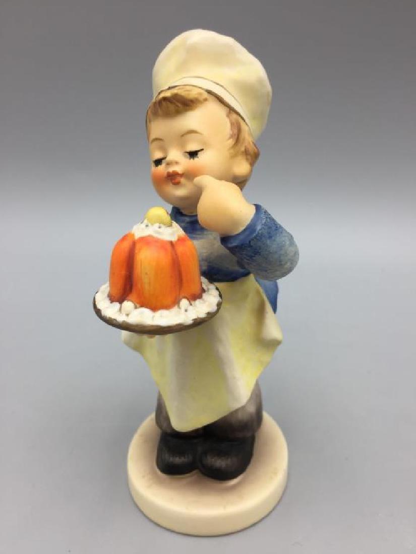 Lot of six Hummel figurines - 10
