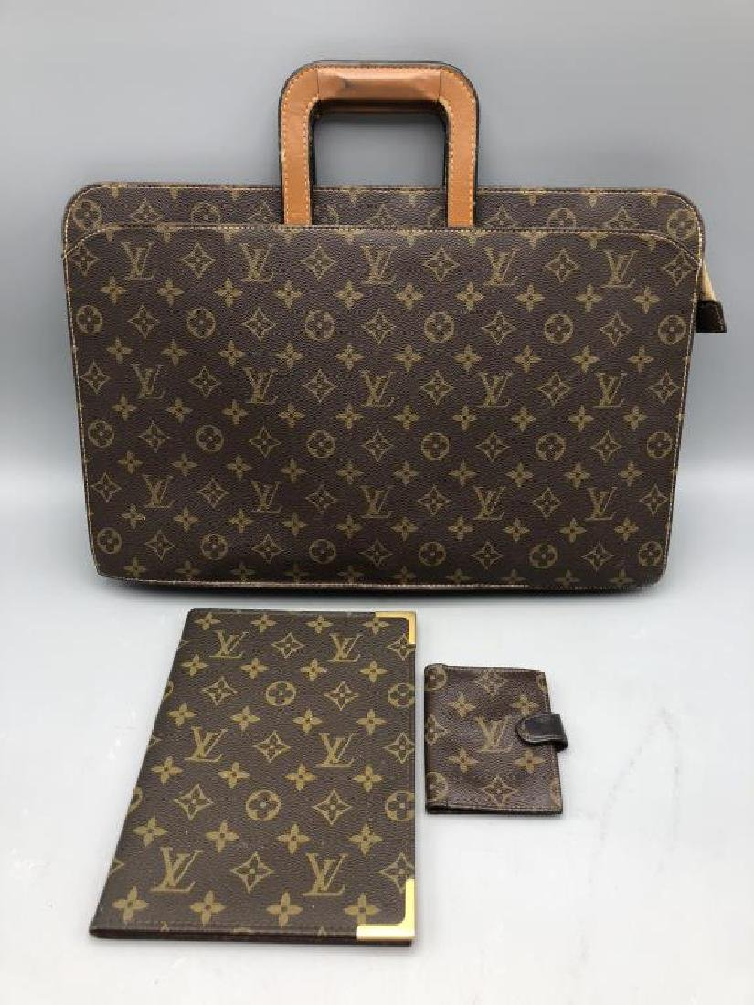 lot of 3 Louis Vuitton items