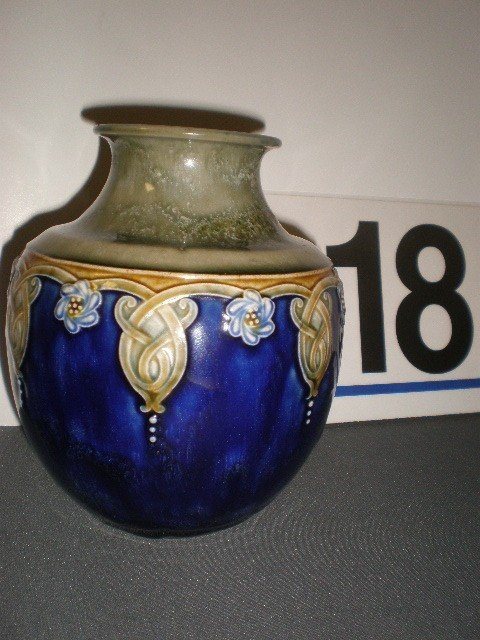 18: Royal Doulton pottery bulbous vase. Green and cobal