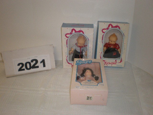 "2021: Lot of 3 dolls - 2 vinyl 8"" Cameo Kewpies by Jesc"