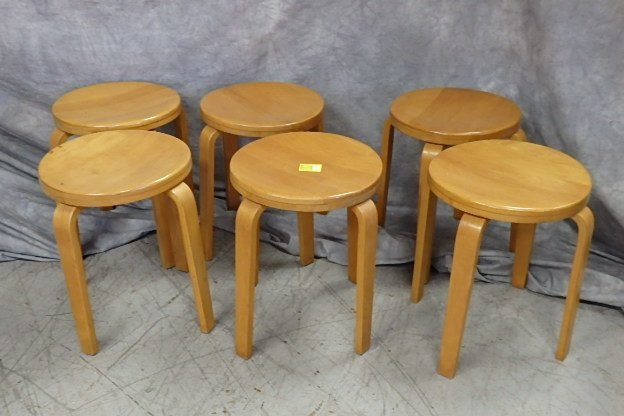 Set of 6 Thonet Stools