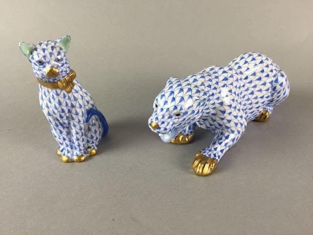 Lot of 2 Herend Cats