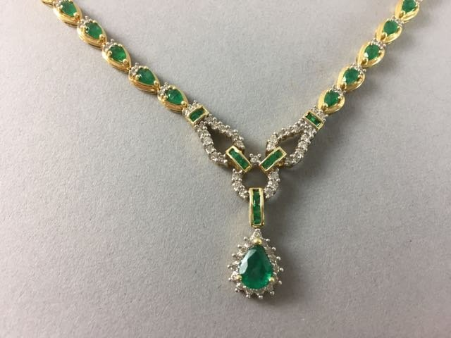 14k Necklace with Emerald and Diamonds - 2