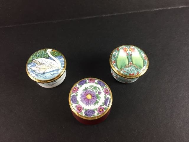 11 Enamel Pill Boxes - 6