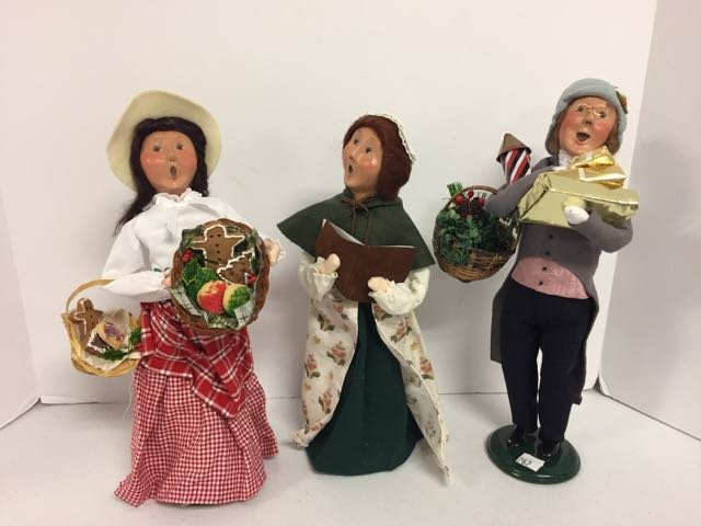 Byer's Choice 3 Carolers