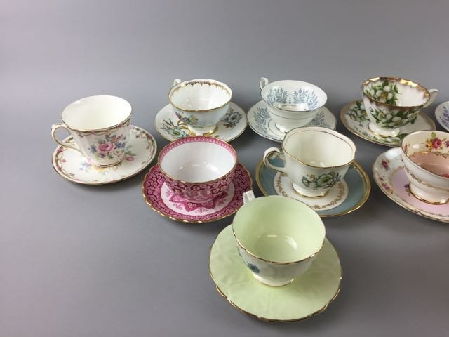 Lot of 12 Bone China Cups and Saucers - 3