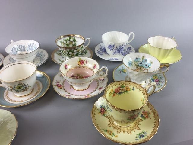 Lot of 12 Bone China Cups and Saucers - 4