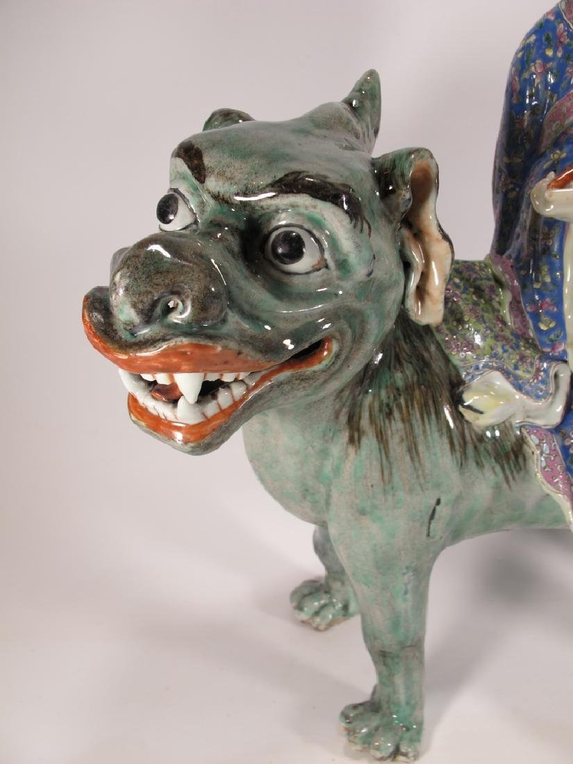 Antique Chinese ceramic mounted on foodog statue - 3