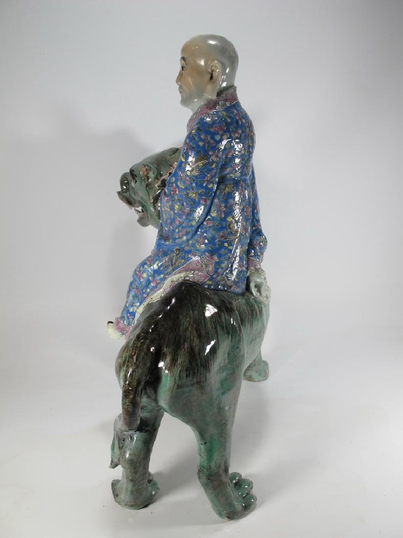 Antique Chinese ceramic mounted on foodog statue - 7