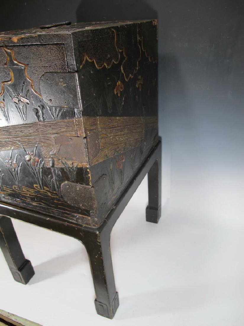 19th C Oriental black & iron small cabinet - 2