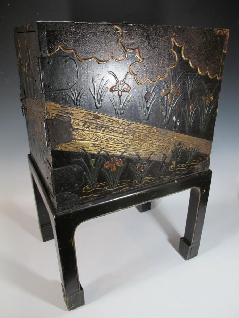 19th C Oriental black & iron small cabinet - 7