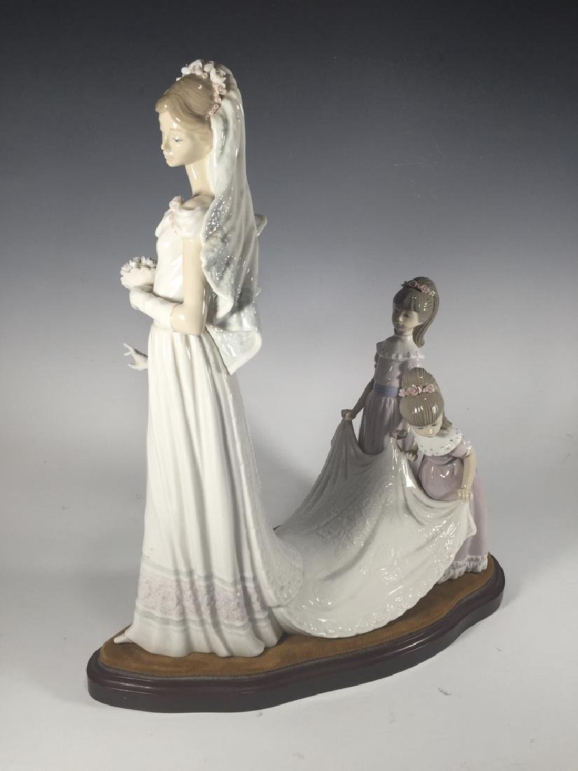 LLADRO Here Comes The Bride Porcelain Figure