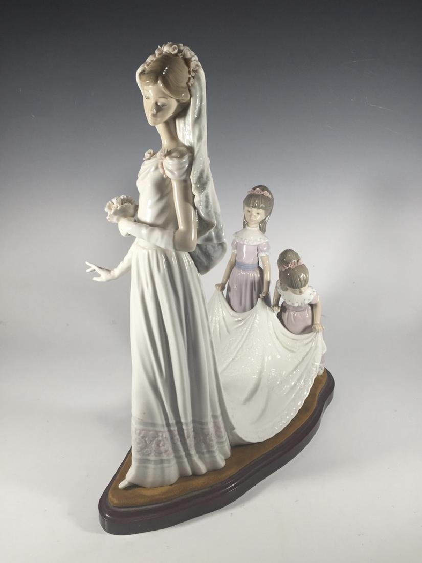 LLADRO Here Comes The Bride Porcelain Figure - 2