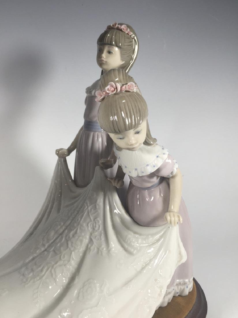 LLADRO Here Comes The Bride Porcelain Figure - 8