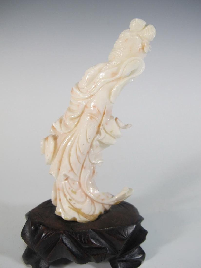 Antique Chinese carved coral statue - 3