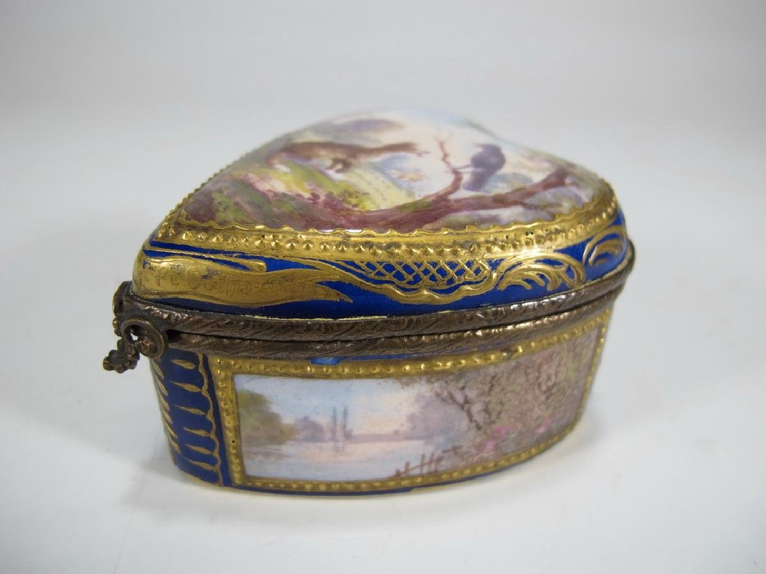Antique French Sevres miniature porcelain box - 2