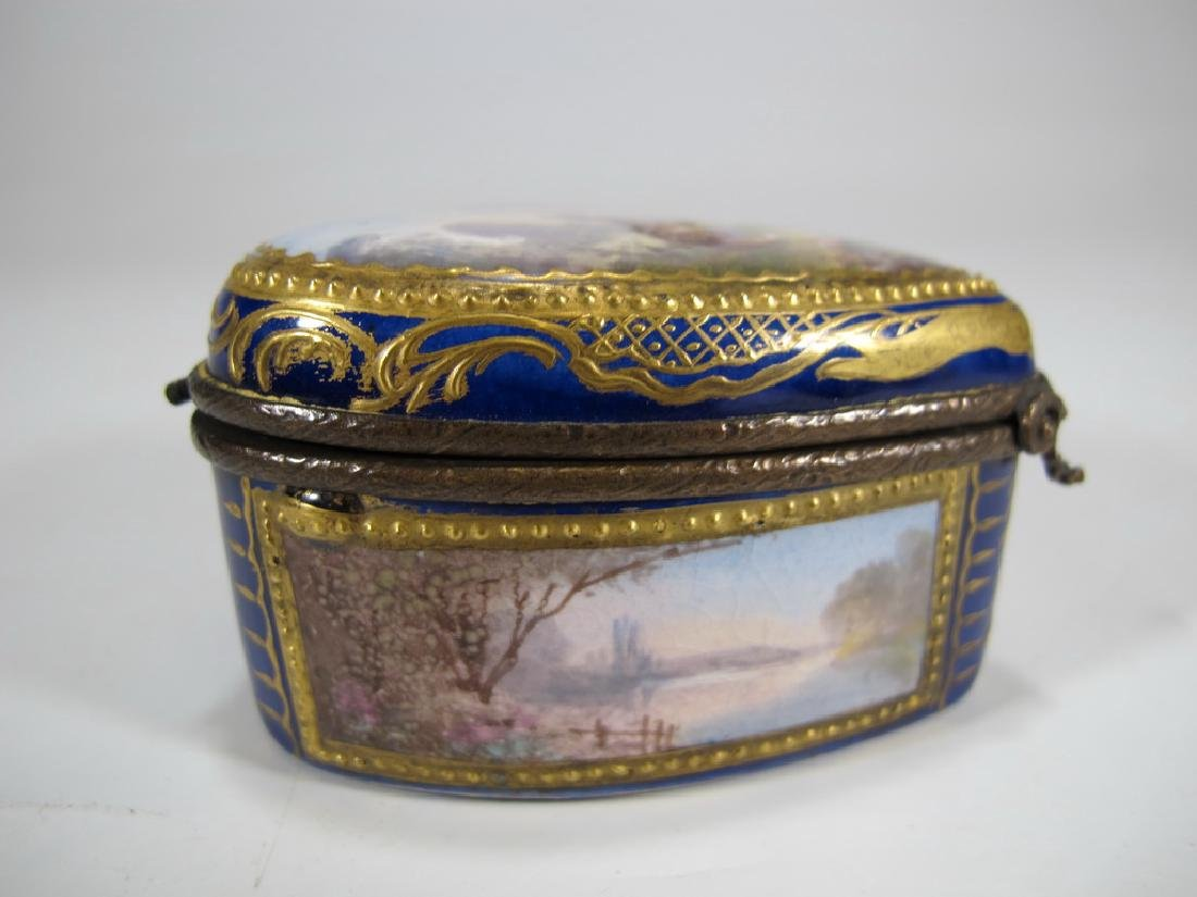 Antique French Sevres miniature porcelain box - 4