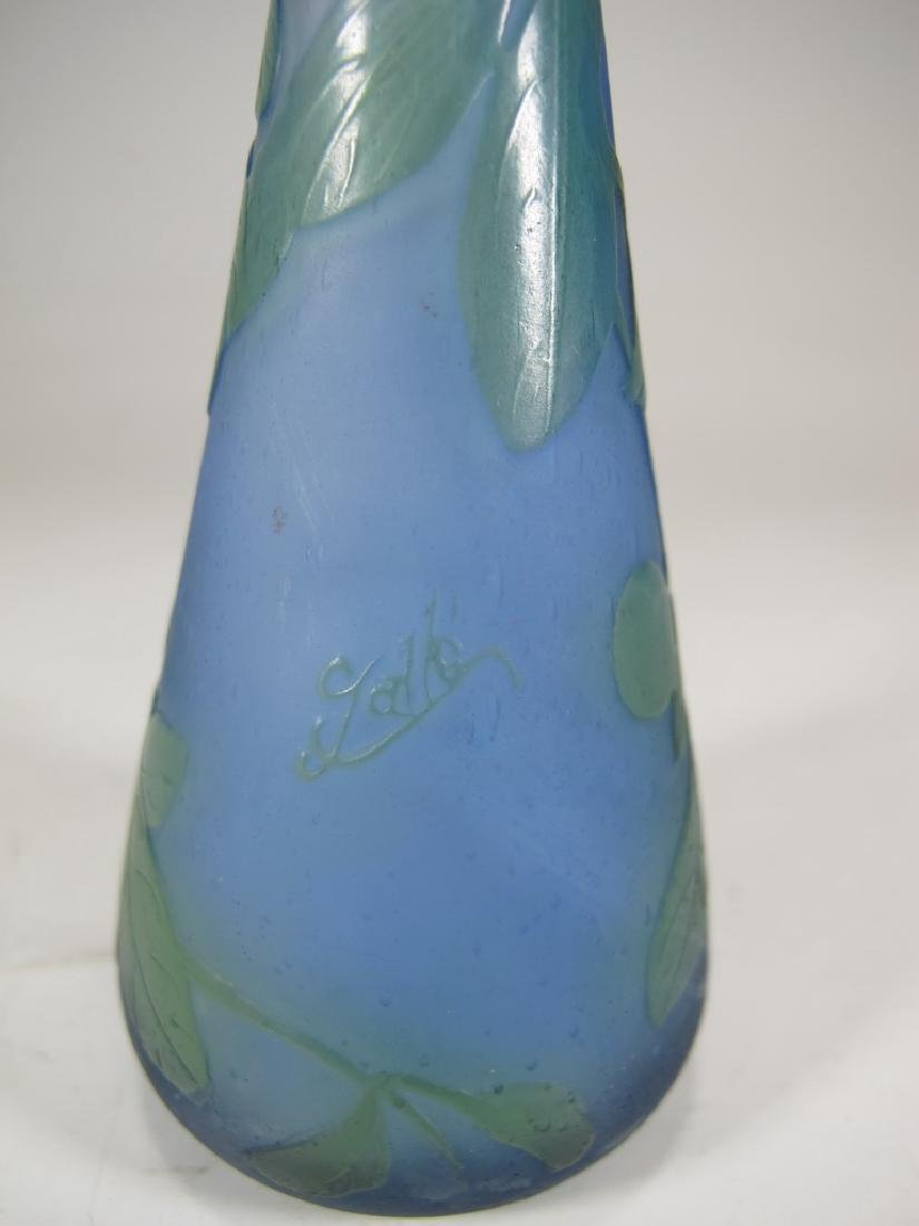 Antique Galle cameo glass vase, signed - 3