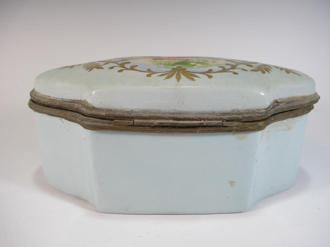 Antique Limoges porcelain box - 6