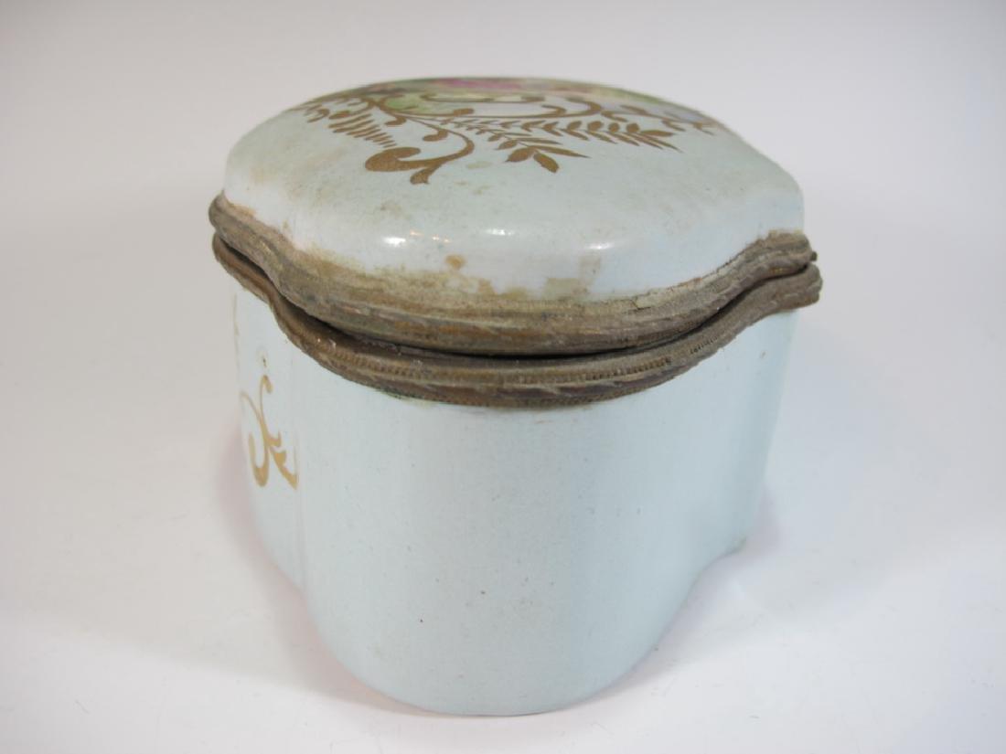 Antique Limoges porcelain box - 7