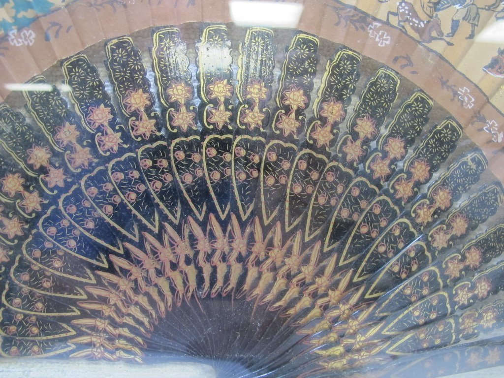 Antique Chinese fan in a box - 4