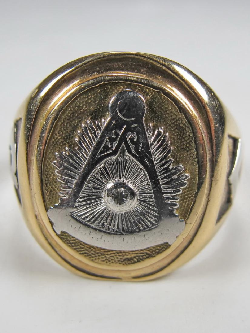 Vintage 10K gold & diamond Masonic men's ring - 2