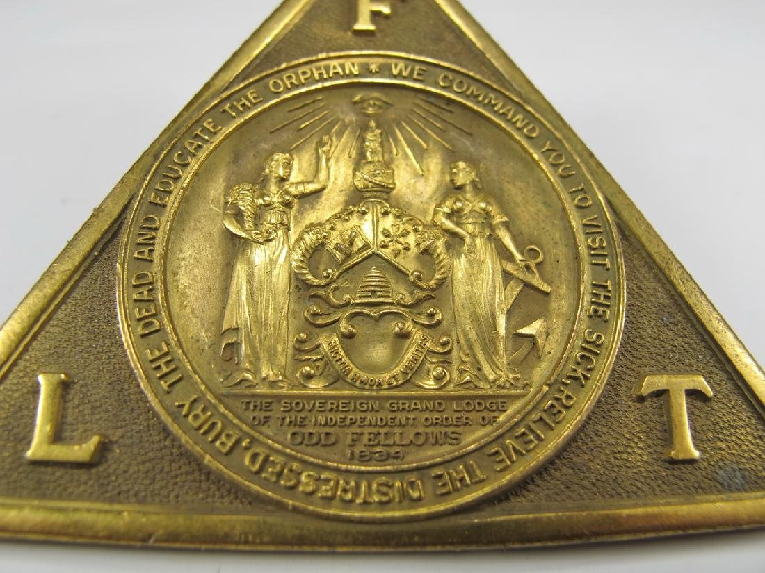 Antique bronze Masonic collar jewel - 2