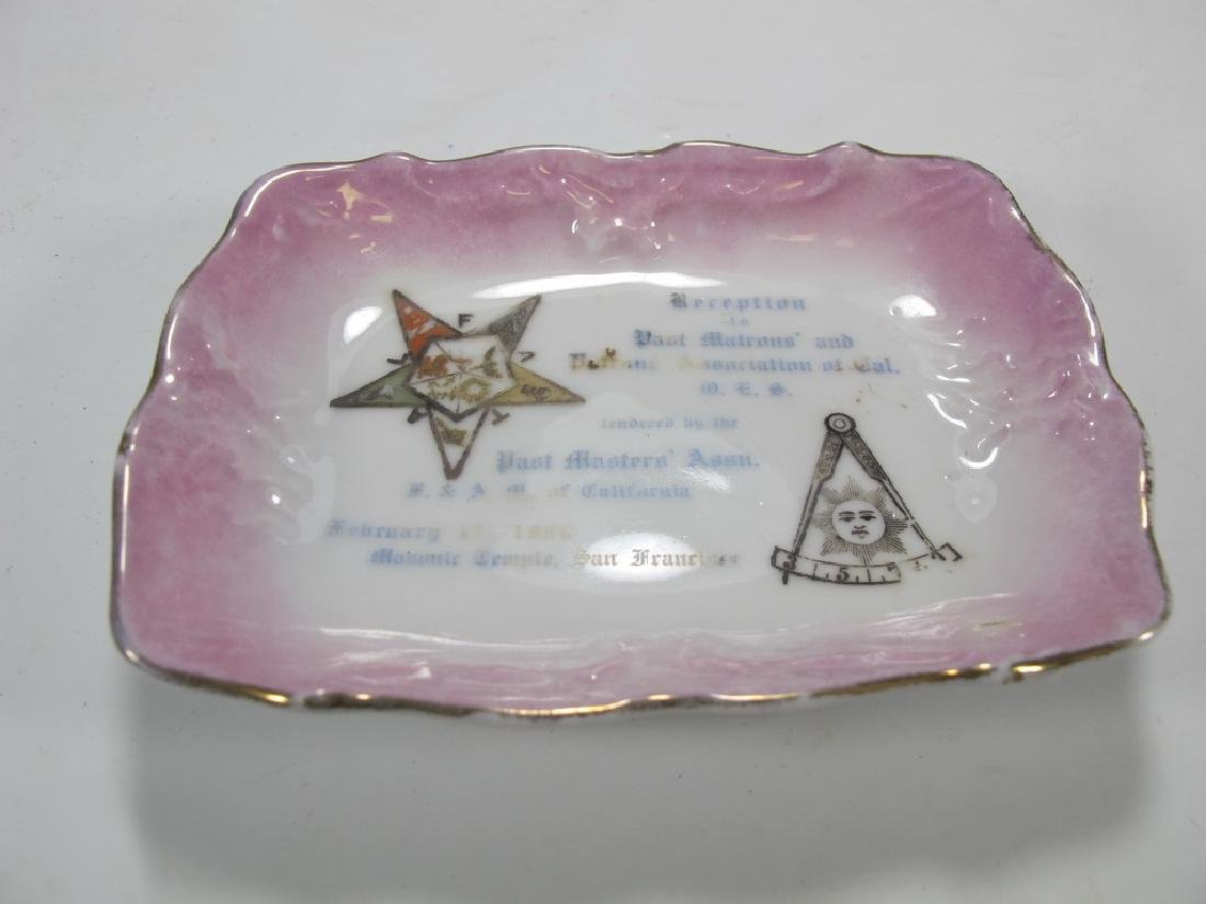 Lot of 5 assorted Masonic plates - 10