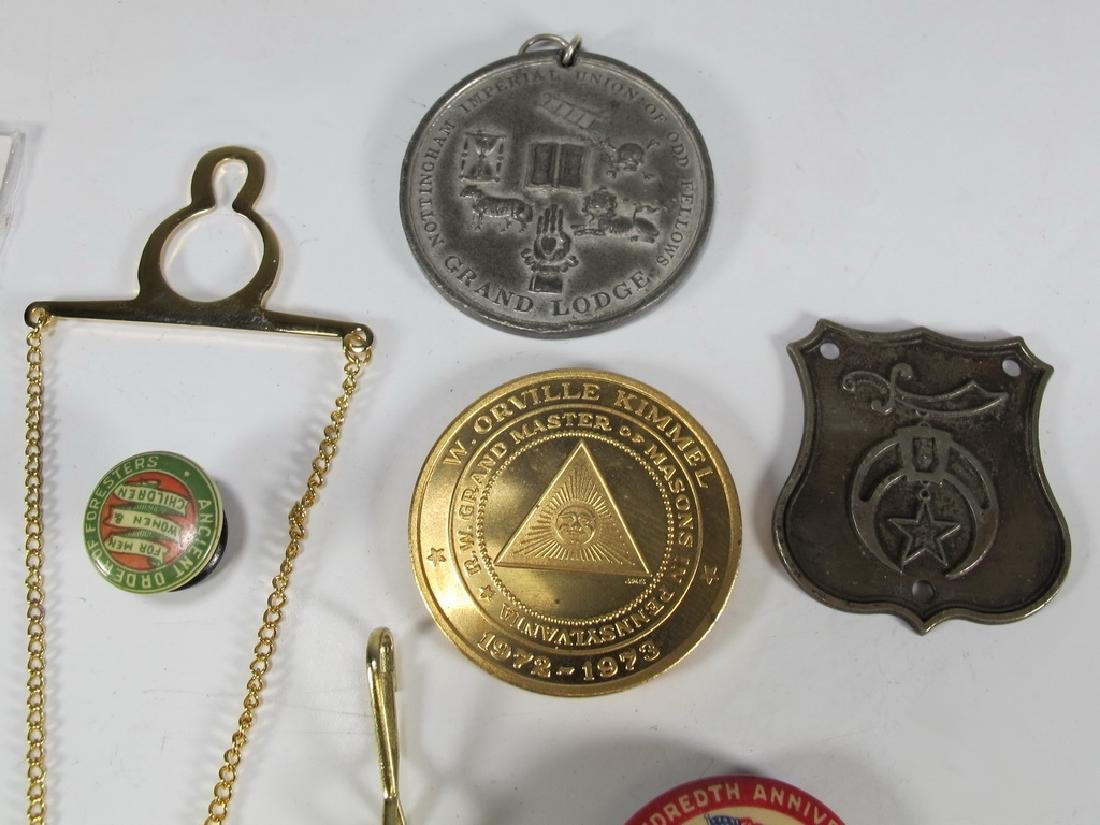 Lot of assorted Masonic badges, coins, pins & charms - 2