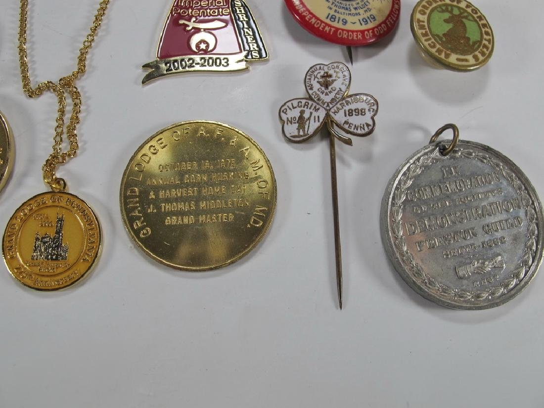 Lot of assorted Masonic badges, coins, pins & charms - 7