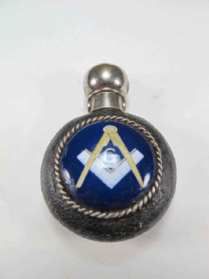 Lot of three Masonic silver items - 9