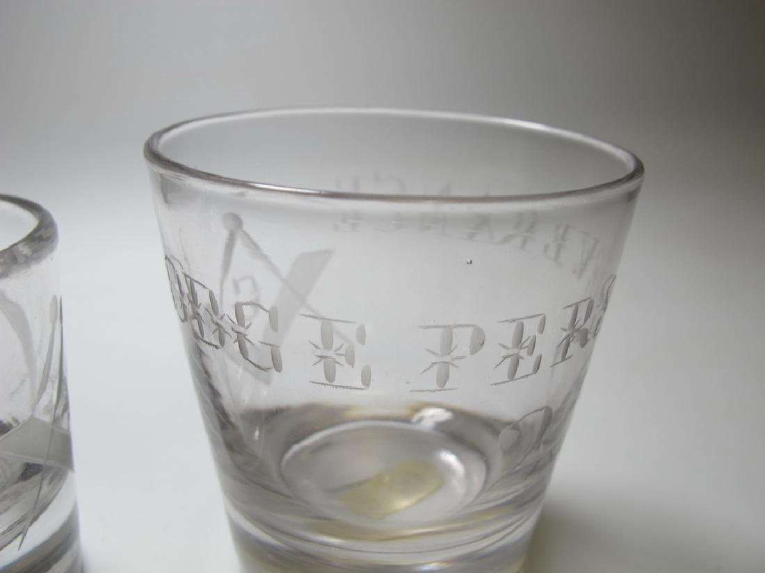 Lot of 4 Masonic glass shots - 7