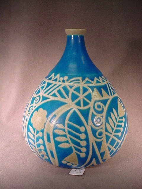112: French Art Deco ceramic vase, Meseeareg
