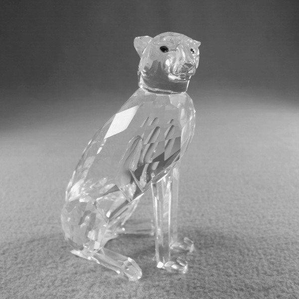 4: Swarovski Cheetah crystal fig.