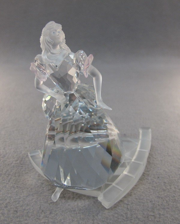 7: Swarovski lady crystal fig.