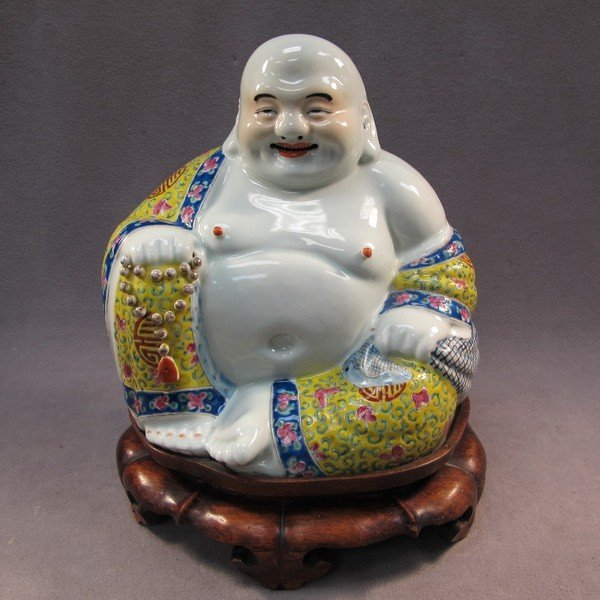 35: Chinese porcelain  Buddha