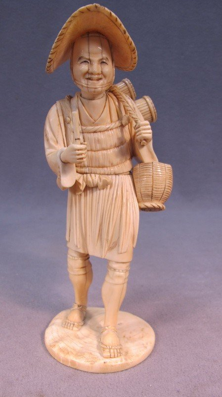 116: Japanese carved ivory statue