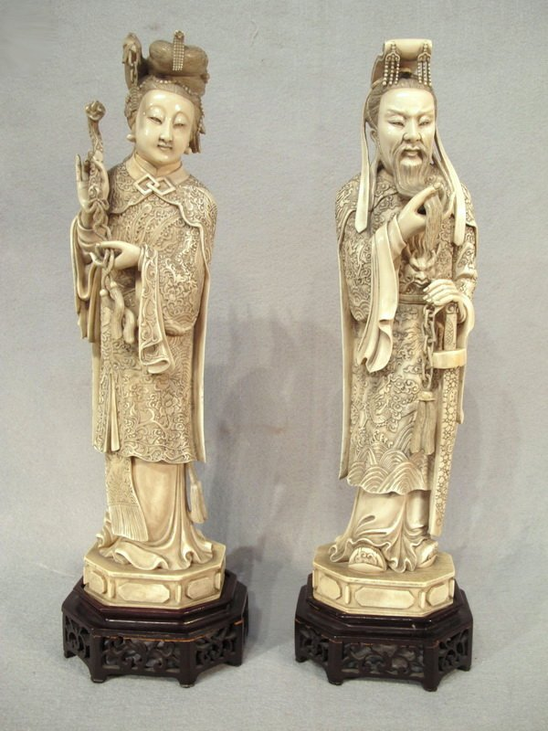286:Large Chinese pair of carved ivory statues