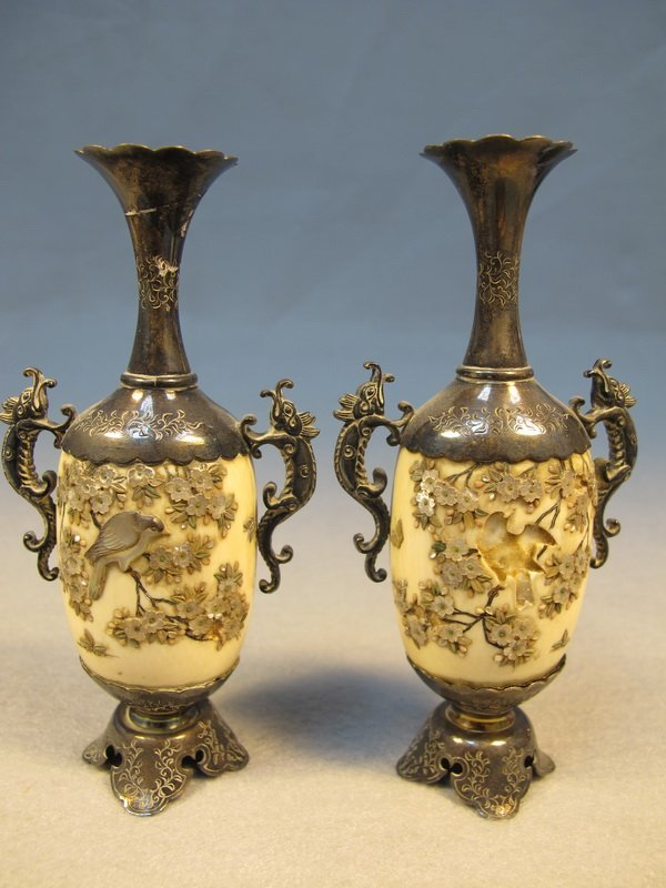 6: Japanese pair of inlaid Shibayama vases