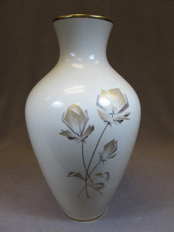 24: Old German Bavaria porcelain vase