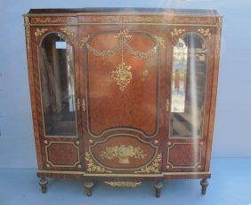 258: Linke quality French ormolu vitrine