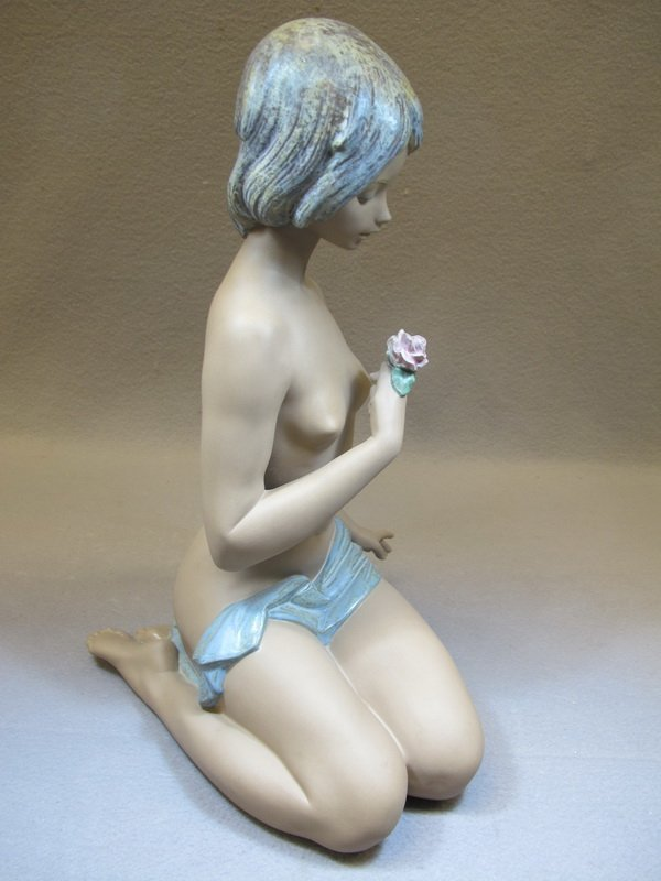 Spanish Lladro nude porcelain statue - 6
