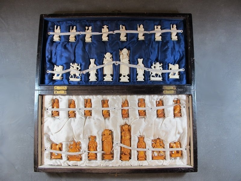 Old Chinese ivory chess set