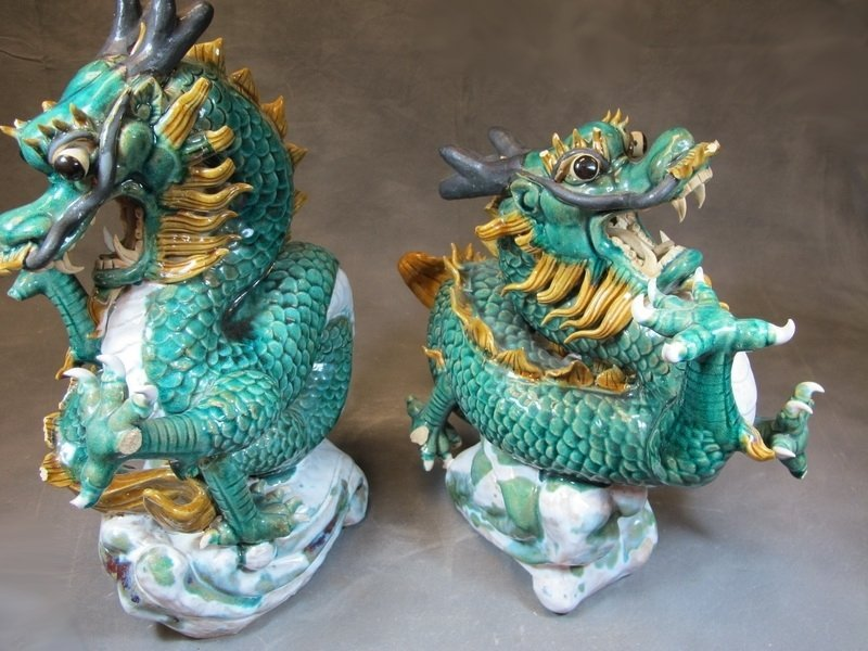 Old Chinese pair of ceramic dragon statues - 9