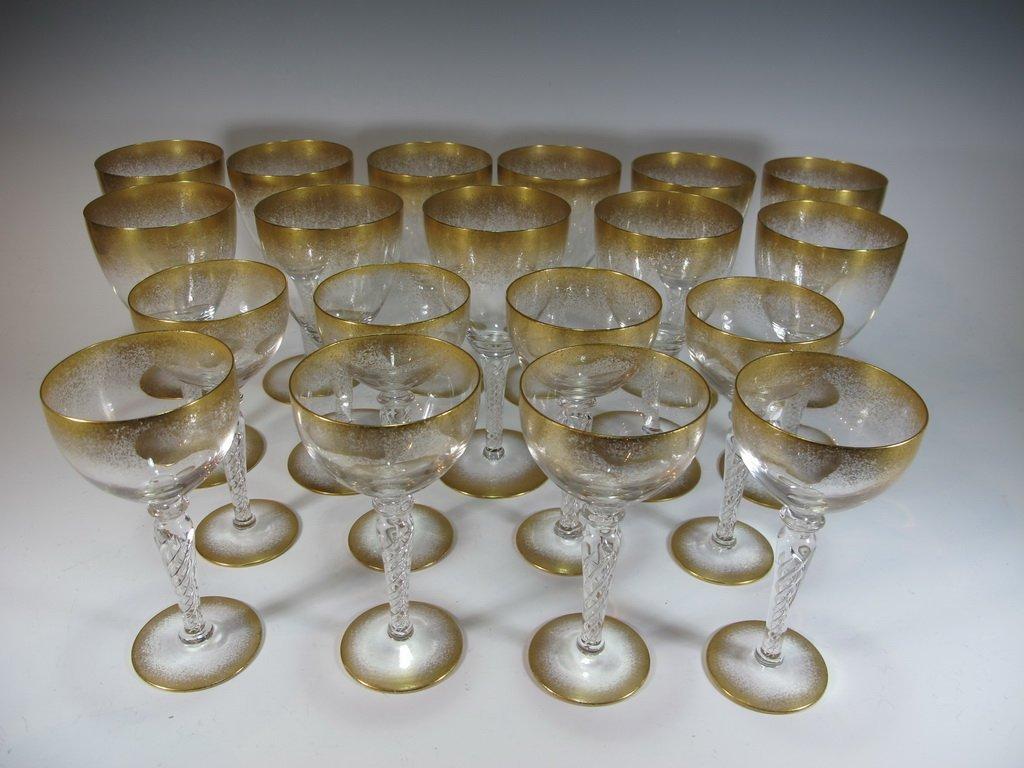 Set of 19 gilded glasses