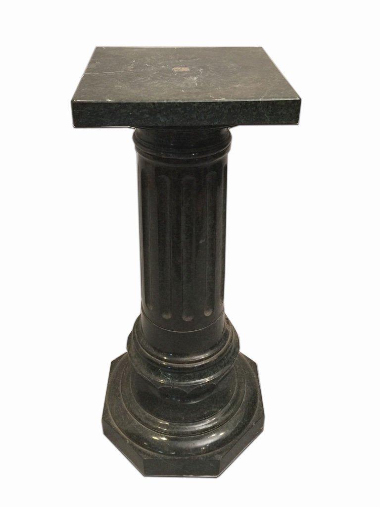 Antique Italian green marble pedestal