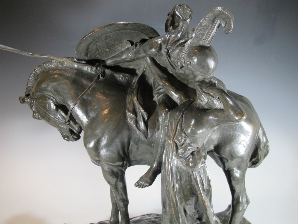 Antique European kiss bronze statue, signed - 4