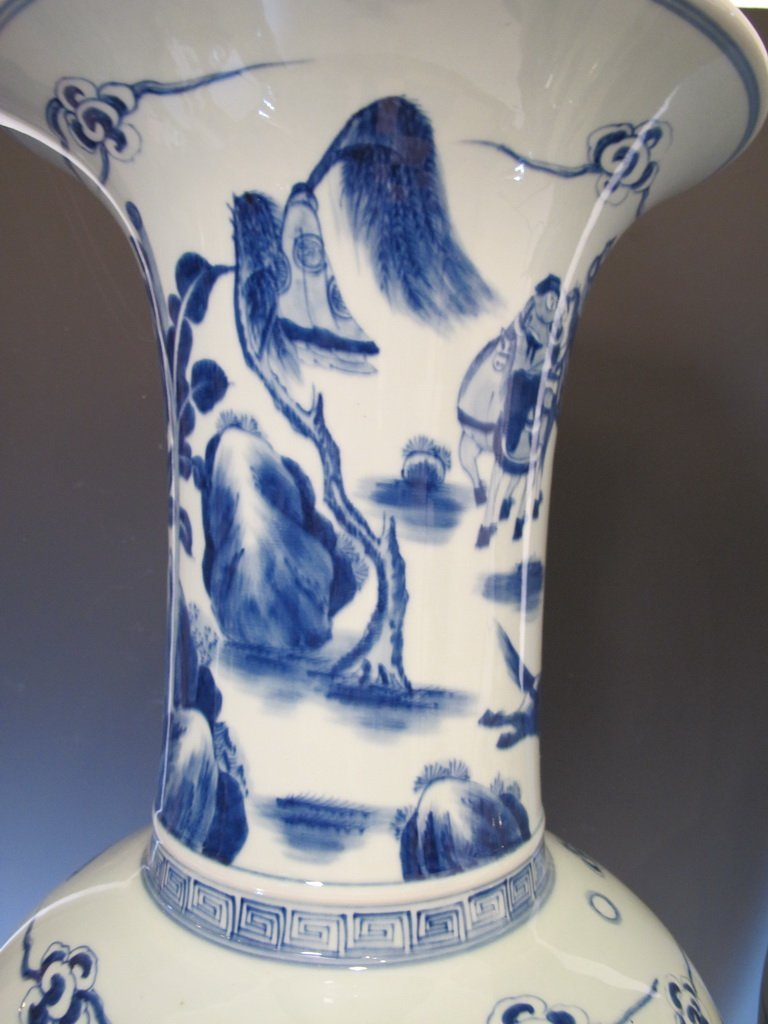 Huge Antique  pair of Chinese porcelain vases M137 - 3