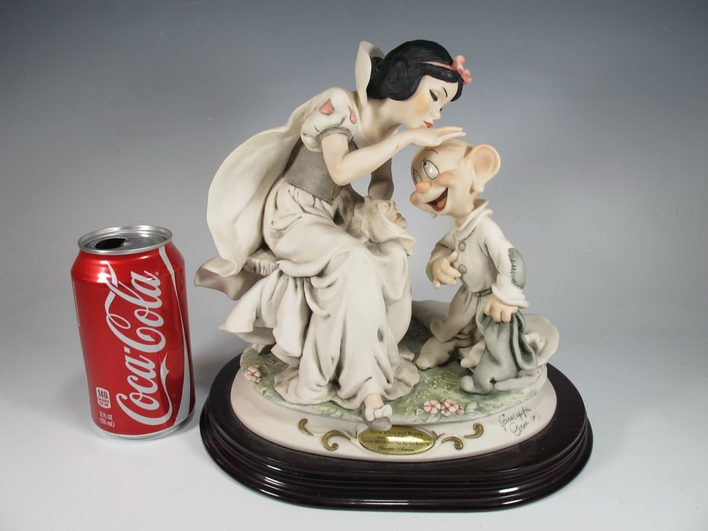 Snow White & Dopey, Giuseppe Armani 2000 Disney DAMAGED
