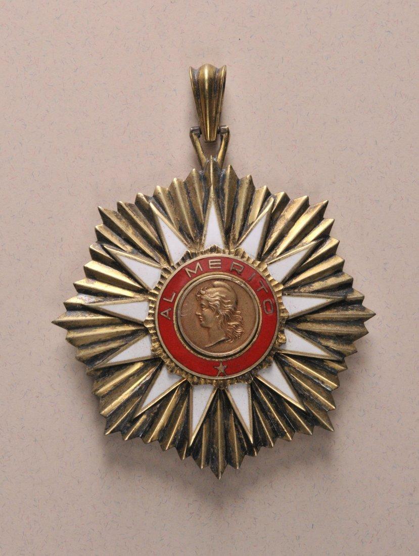 10: Mai-Orden für Verdienst  2. Modell (1957-1973)  Gro
